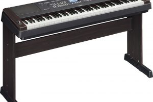 Yamaha DGX650W Digital Piano Review